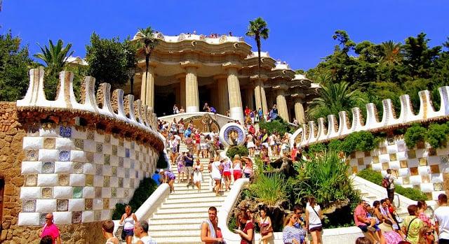 Parque Güell en Barcelona - Escaleras