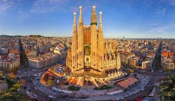 Ruta de Gaudí - Sagrada Familia en Barcelona