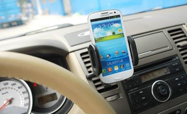 Consejos del GPS en el alquiler del automóvil en Europa