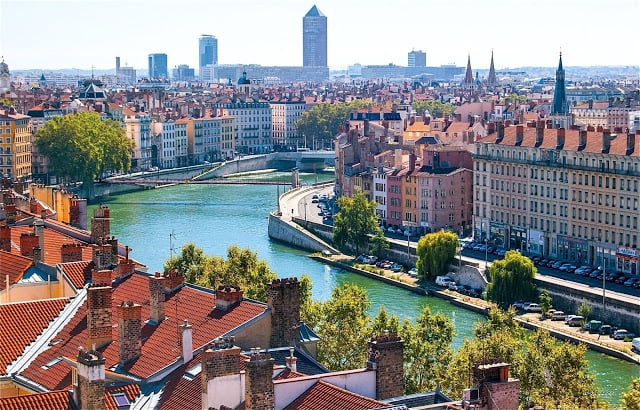 Viaje de tren de Barcelona a Lyon