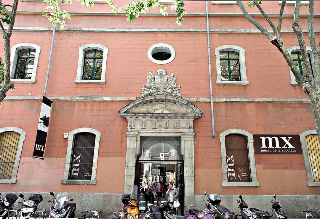 Fachada del Museo del Chocolate en Barcelona