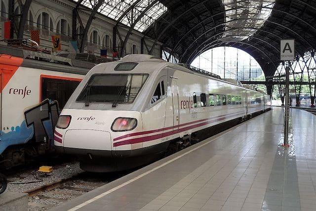 De tren desde el aeropuerto hasta el centro de Barcelona