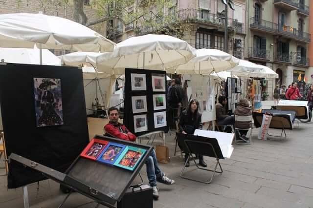 Mercat del Art de la Plaça de Sant Josep Oriol