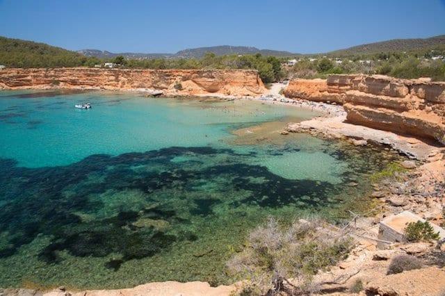 Cala Sa Caleta en Ibiza
