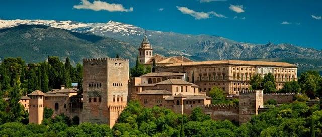 Alquiler de auto en Granada: Todos los consejos