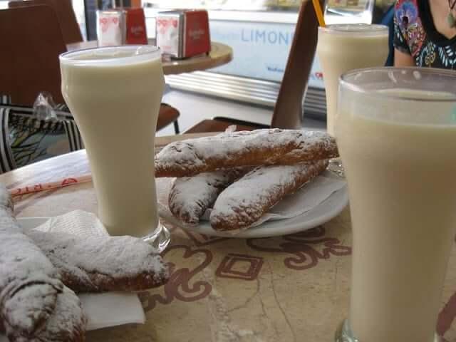 Comidas y bebidas de verano - horchata