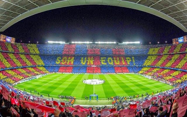 Presenciar un partido del Barcelona o un espectáculo internacional